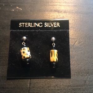 Jewelry - ⭐️in a bundle only⭐️Wild sterling silver earrings